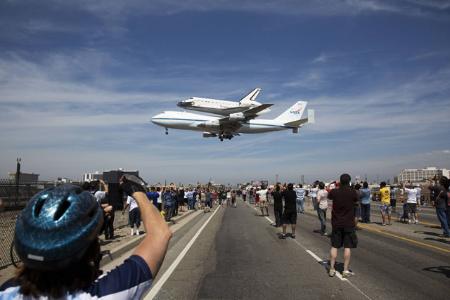 Endeavour's Final Flight Ends at Los Angeles International Airport on Tuesday, Sept. 21, 2012 (Credit: NASA/Matt Hedges)