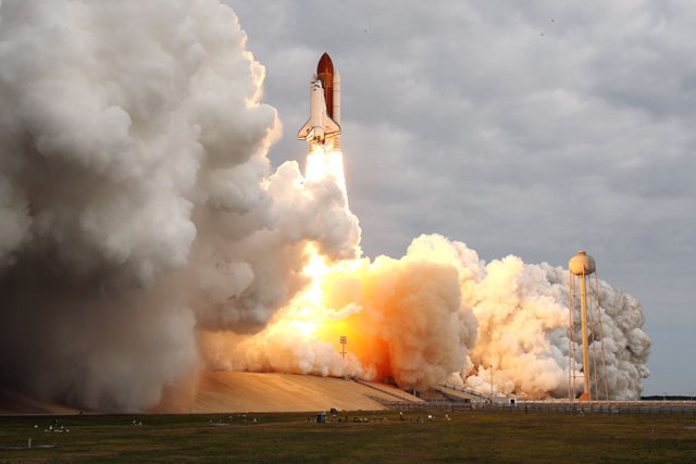 The Last Launch of Space Shuttle Endeavour (Credit: NASA)