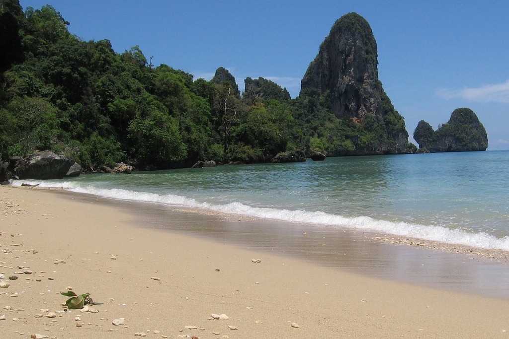 THAILAND: A beach in Krabi, Thailand (Photo Credit: Debra Tillinger, National Oceanic and Atmospheric Administration)